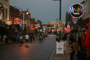 1920px-Looking_East_on_Beale_Street,_Memphis,_Tennessee,_June_2014